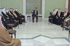 Arab League Advance Team Arrives in Syria