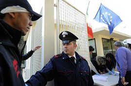 Italy Seeks to Deploy Police in Tunisia to Stem Tide of Refugees