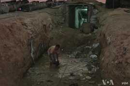 Workers From Gaza's Destroyed Tunnels Struggle to Survive