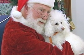 Santa Claus Helps Raise Money for Animal Shelters