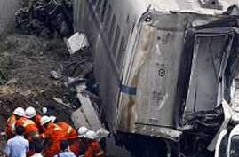 Toddler Rescued from Deadly Chinese Train Wreck