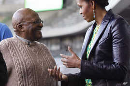 US First Lady Meets Archbishop Tutu and Cape Town Youth