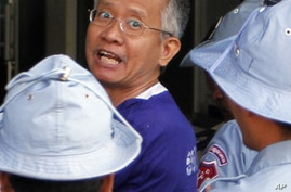 Detained Thais Face Spy Charges in Cambodian Court