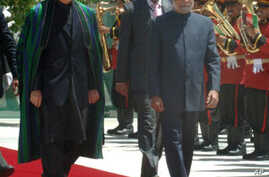 The Prime Minister, Dr. Manmohan Singh with the President of Afghanistan, Mr. Hamid Karzai inspecting the Guard of Honour, at a ceremonial reception, on his arrival at Kabul airport in Afghanistan on May 12, 2011.