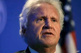 General Electric CEO Jeff Immelt speaks during a news conference in Boston, April 4, 2016.