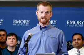 Kevin Brantly, who contracted the deadly Ebola virus, thanks supporters during a press conference at Emory University Hospital in Atlanta, Georgia, Aug. 21, 2014.