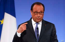 """French President Francois Hollande gestures as he addresses French ambassadors in Paris, Aug. 30, 2016. Hollande said U.S.-EU trade talks """"have bogged down, the positions have not been respected, the imbalance is obvious."""""""
