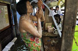 Thai PM Lays Out Three-Part Flood Recovery Plan