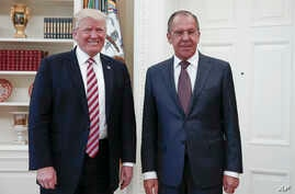 President Donald Trump meets with Russian Foreign Minister Sergey Lavrov, right, at the White House in Washington, May 10, 2017. (Russian Foreign Ministry photo via AP)