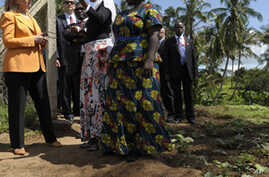 Clinton: US Boosting Funds to Improve Nutrition in Tanzania