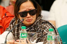 Philippines Duterte Drug War: A pregnant witness, the live-in partner of JP Bertes, an alleged drug-pusher who was killed while in police custody, tearfully recounts their ordeal as she testifies before the Philippine Senate which is probing the extr