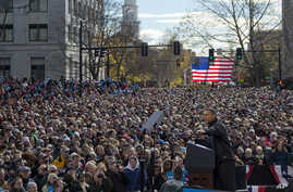 President Barack Obama speaks at a campaign event in the State Capitol Square, Sunday, Nov. 4, 2012, in Concord, N.H.