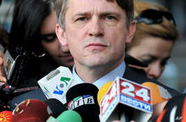 U.S. Assistant Secretary for International Security and Nonproliferation Thomas Countryman talks to the media in this file photo, at the government building in Skopje, Macedonia, February 2011.