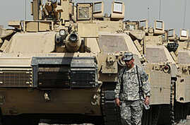 Iraqi Officials Consider Extension Options for US Troops