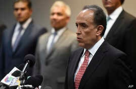 Felipe de Jesus Munoz Vazquez, Mexico's deputy attorney general for the Specialized Investigation of Federal Crimes unit, speaks at a news conference, Aug. 15, 2018, in Chicago. U.S. DEA officials unveiled some additional strategies in combating Mexi