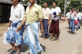 Burma Releases Nearly 200 Political Prisoners