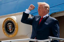 "President Donald Trump steps off Air Force One after arriving at Ellington Field Joint Reserve Base, in Houston,  May 31, 2018. Trump is right that he has an ""absolute"" right to pardon, but there is a pretty big loophole in this hypothetical: He coul"