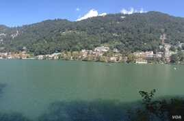 The Naini Lake lies in the midst of tall mountains in Nainital in India's northern Uttarakhand state. (VOA/A. Pasricha)