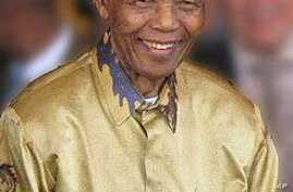 Mandela wearing another one of Buirski's famous silk shirt