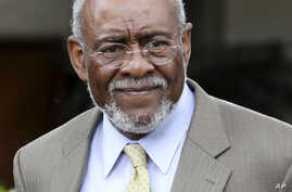 US Assistant Secretary of State for African Affairs Johnnie Carson (file photo)