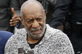 Bill Cosby arrives at court to face a felony charge of aggravated indecent assault, Dec. 30, 2015.