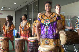 Drummers helped kickoff the African Film Festival in Dallas July 1, 2016 (G. Flakus/VOA)