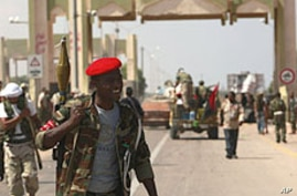 Libya's NTC Battles for Control of Gadhafi Strongholds