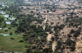 A picture shows an aerial view of a camp of internally displaced people in Minkammen, 25 kilometres (16 miles) south of Bor, Jan. 10, 2014.
