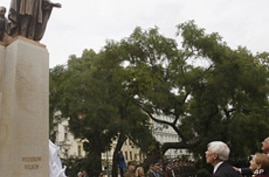 New Statue of Woodrow Wilson Unveiled in Czech Republic