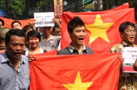 Vietnamese Police Arrest More Than a Dozen Anti-China Protesters