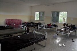 A makeshift ward at a treatment center at a university in Makeni, Sierra Leone.