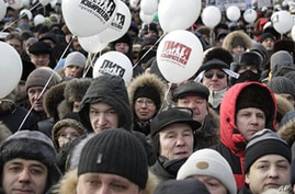 Russians Ignore Arctic Cold and Keep Protest Flame Burning