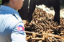 Thailand Uses Cluster Munitions Against Cambodia