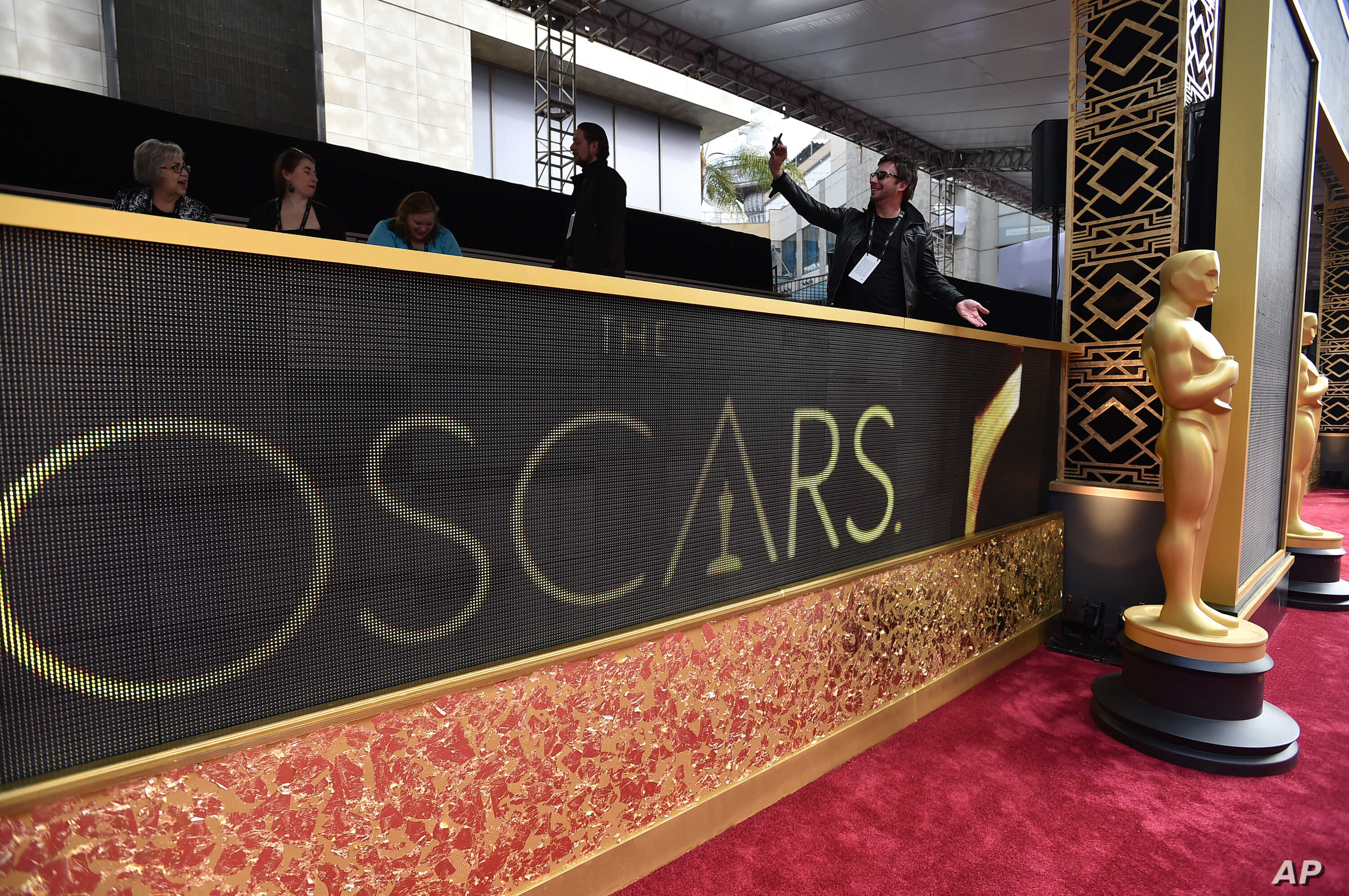 An Academy Award statuette is seen on display at Oscars at the Dolby Theatre in Los Angeles, Feb. 28, 2016.