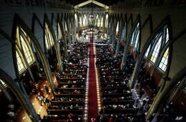 The Catholic Church officiates a reconciliation mass which seeks to bring together all sectors of the community that had become divided since the appointment of Juan Barros in 2015, at the San Mateo cathedral of Osorno, Chile, June 17, 2018.