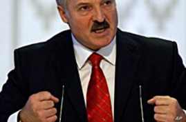 Analysts: Belarus President Bets on Isolation