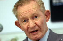 Former U.S. Army deserter Charles Robert Jenkins, who spent nearly 40 years in North Korea after fleeing his unit along the Demilitarized Zone, speaks to reporters in Tokyo Wednesday, Oct. 12, 2005.