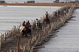 Asian Ministers Tackle Mekong River Development