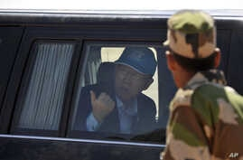 United Nations Secretary-general Ban Ki-moon arrives in the Smara refugees camp near Tindouf, south-western Algeria, March 5, 2016. Ban Ki-moon met with leaders of the Polisario Front, the organization disputing sovereignty over Western Sahara with M