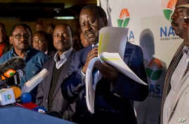 Opposition leader and presidential candidate Raila Odinga addresses a news conference in Nairobi, Kenya, Aug. 9, 2017.