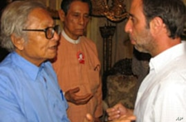 Senior members of National League for Democracy (NLD), vice chairman Tin Oo (C) and Win Tin (L) meet with UN special rapporteur Tomas Ojea Quintana (R) in Rangoon, Burma, 18 Feb 2010