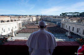 "Pope Francis delivers the ""Urbi et Orbi"" message from the main balcony of Saint Peter's Basilica at the Vatican, Dec. 25, 2018."