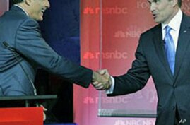 Perry, Romney Square Off as Top Republican Contenders