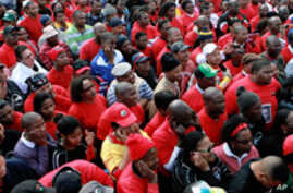 South Africa Increases Offer to Public Service Union