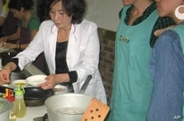 Koreans Overcome Differences By Way of Cuisine