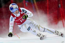 American skiier Lindsey Vonn during the Race for the World Cup Downhill in Lake Louise, Dec. 1, 2017.