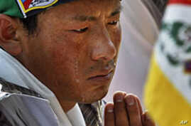 Tibetans Mark Solemn New Year Amid Standoff With China