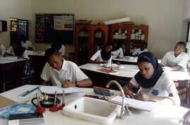 A laboratory at Prime College in Kano (VOA/I. Ahmed)