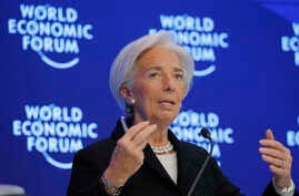 Christine Lagarde, Managing Director of the IMF, attends a session on the Economic Outlook on the fourth day of the annual meeting of the World Economic Forum in Davos, Switzerland, Jan. 20, 2017.