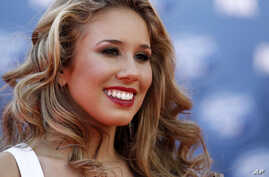 Haley Reinhart arrives at the American Idol Finale, in Los Angeles,May 25, 2011.